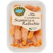 Pastai Caramelline con Scamorza e Radicchio